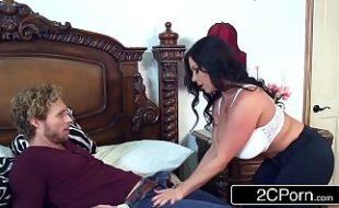 Video sexo com a morena gata