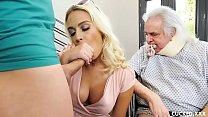 Amadorastube esposa infiel mamando no pau do enteado